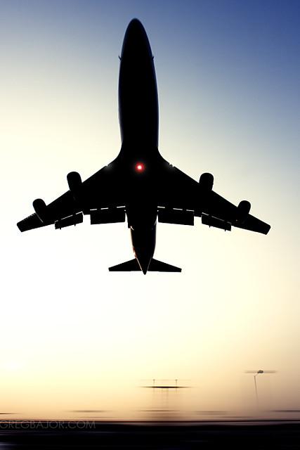 Commercial airliner landing