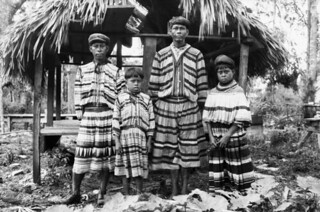 Unidentified Seminole family in South Florida