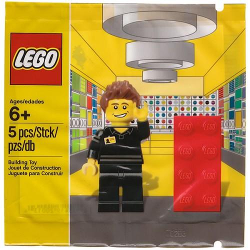 LEGO Store Employee (5001622)
