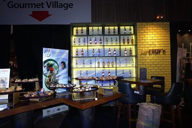 migf ARTHUR'S BAR & GRILL - Shangri-la Hotel Kuala Lumpur