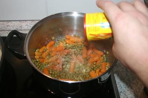 33-Gemüse-würzen