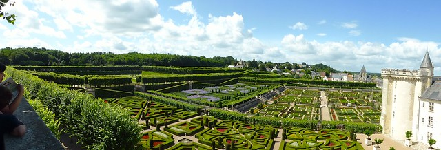 Panorama Photo of the Gardens of Chateau de Villandry