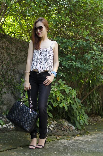 levis-black-jeans