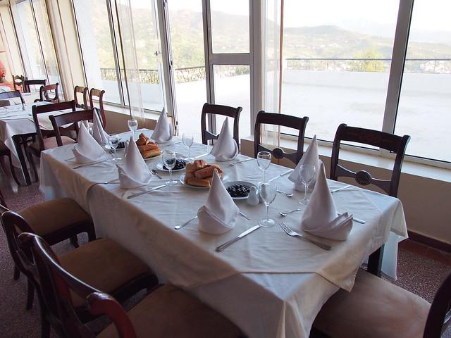 今日晚餐-我們又成了最早到餐廳的旅客