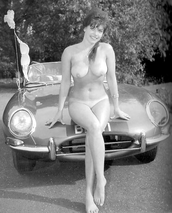hot naked school girl pics