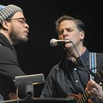 Holiday Cheer for FUV 2013: Amos Lee and Calexico