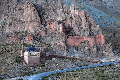 Beyazıt Camii ve Kalesi