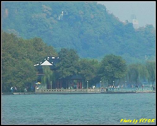 杭州 西湖 (其他景點) - 389 (從西湖 湖心亭上看西湖十景之 平湖秋月)