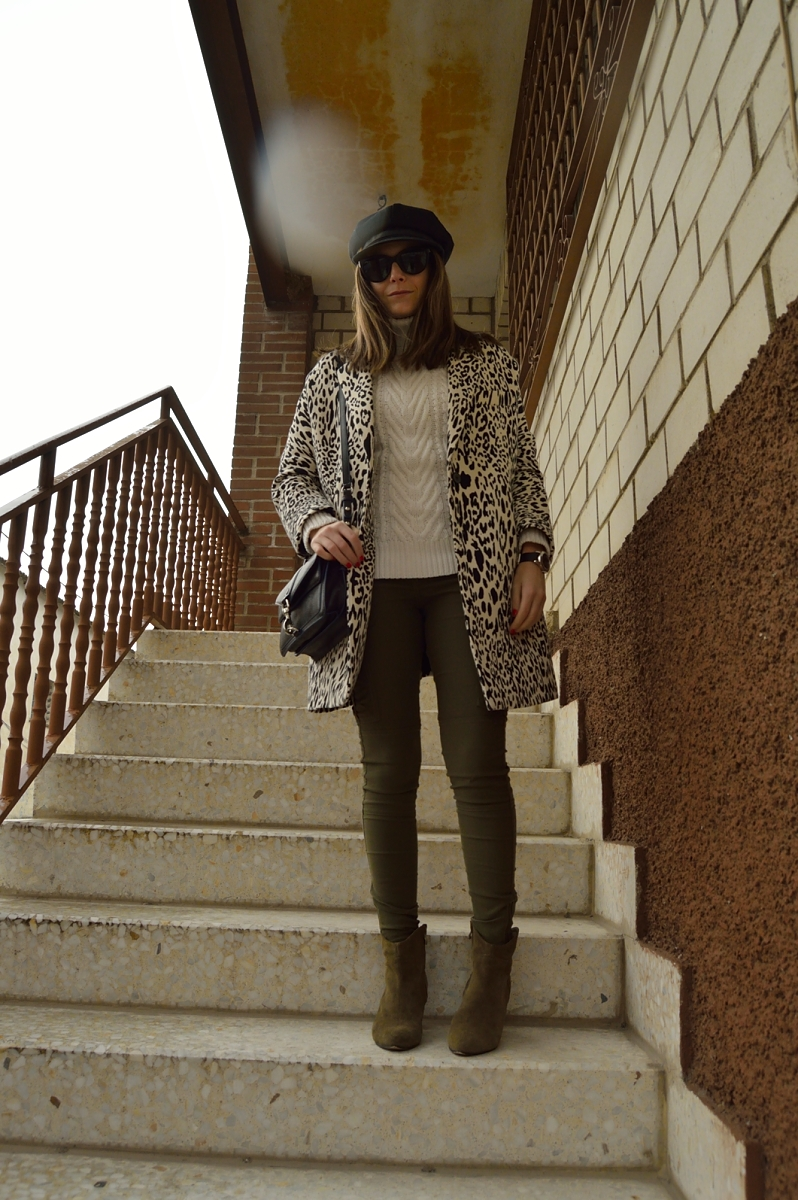lara-vazquez-madlula-blog-fashion-style-leopard-black-white