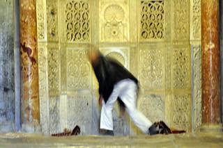 Interior de la Gran Mezquita de Kairouan Kairouan, la cuarta ciudad más santa de la fe musulmana - 14128818404 b997096a5a n - Kairouan, la cuarta ciudad más santa de la fe musulmana