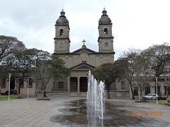 2014 07_Salto_Iglesia y fuente en la vereda