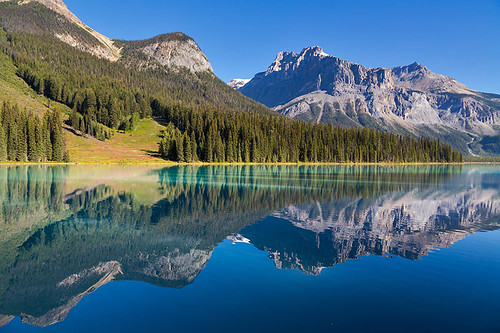 Emerald Lake, Yoho National Park, British Columbia, Canada.