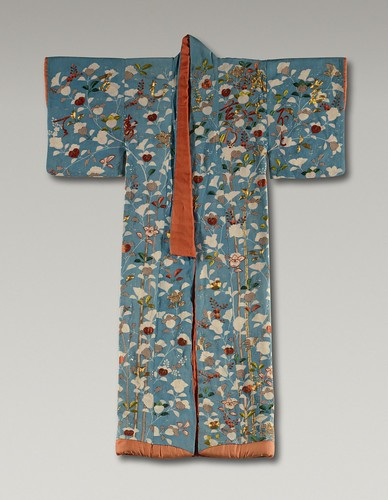Kosode with Snow-covered Mandarin Orange Trees and Poem LACMA M.39.2.8 (1 of 3)