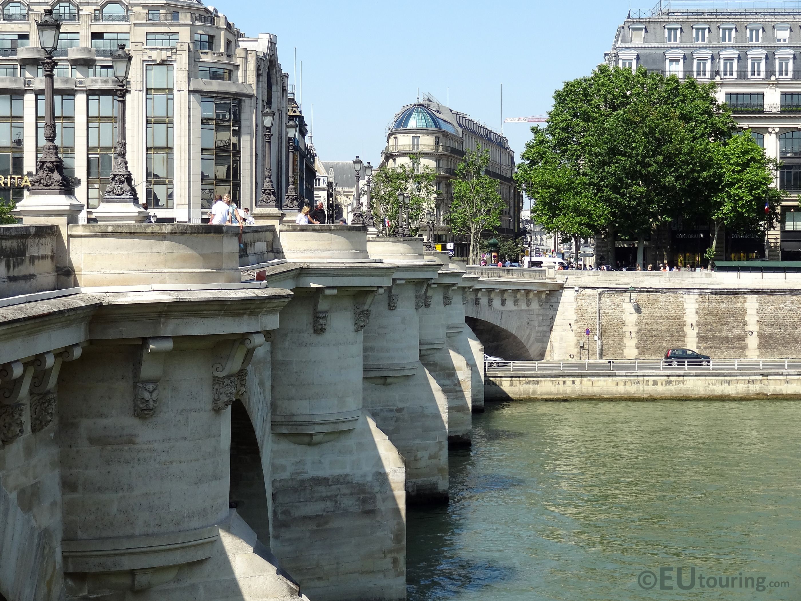 Length of the Pont Neuf