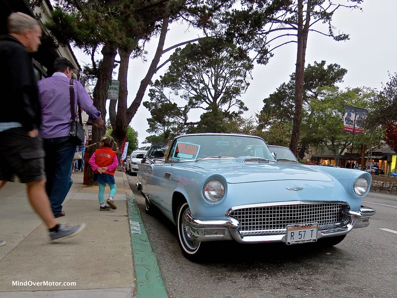1957 Ford Thunderbird Curbside Front