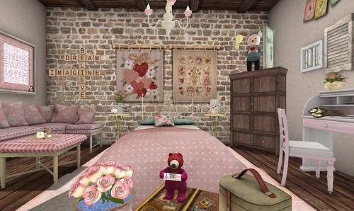 Vintage Romance Bedroom | Cookie Bear