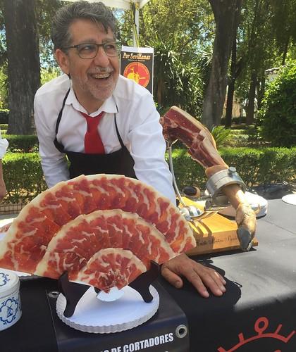Cristo Muñoz Montes, cortador profesional de jamón