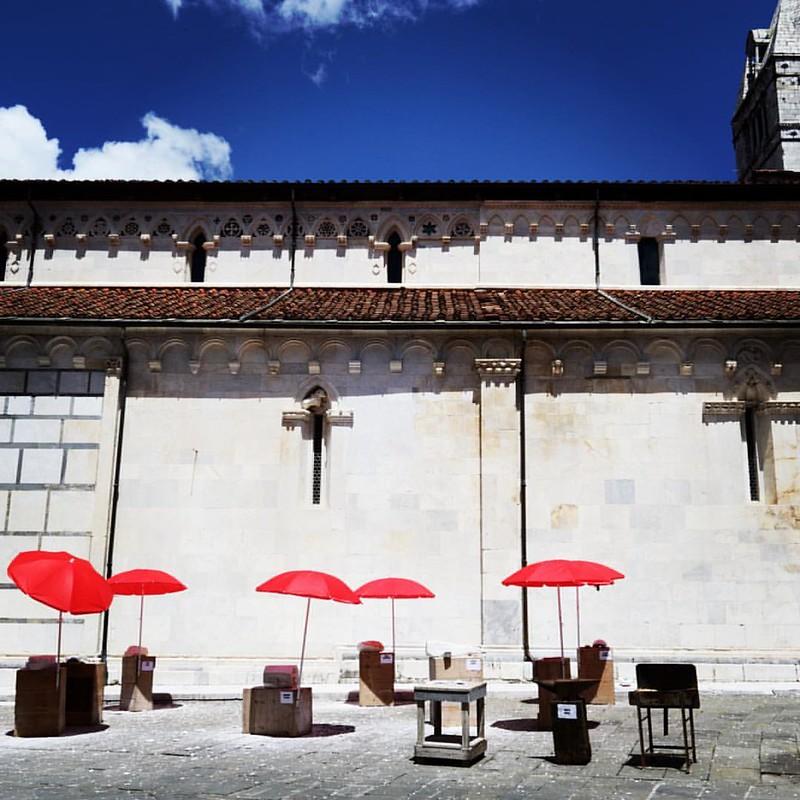 #carrara #piazzaduomo #marmo simposio di scultura