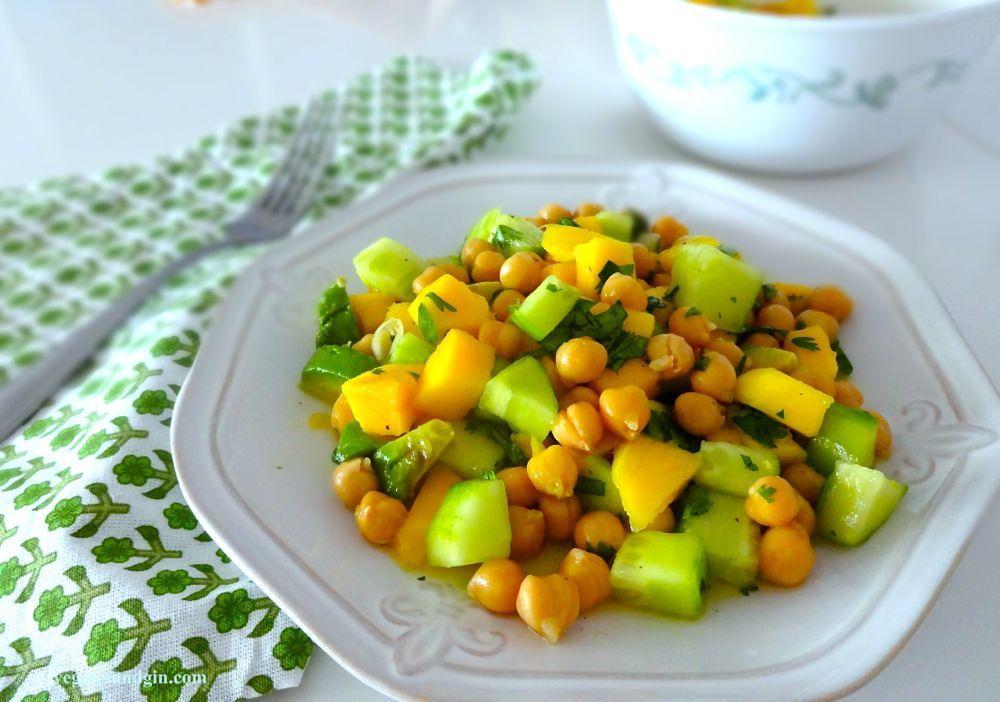 Chickpea Mango Salad3
