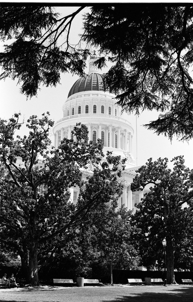 capitol building of california in the capital in sacramento.jpg