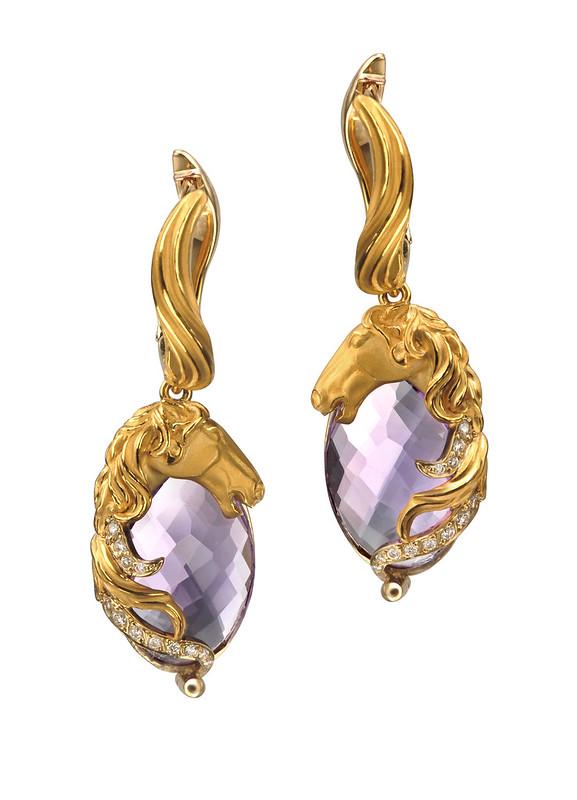 DA13406 010101 Ecuestre ring in yellow gold and diamonds.jpg