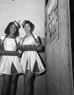 Unidentified cigarette girls in Tallahassee, Florida