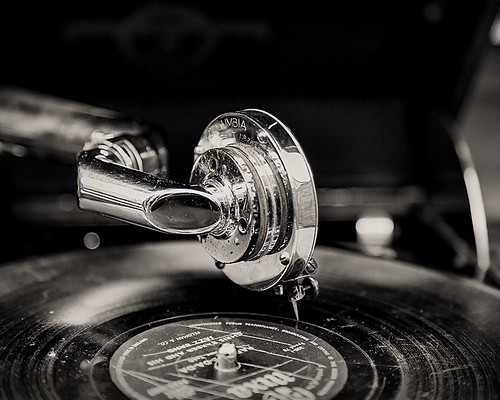 Phonograph by violinconcertono3