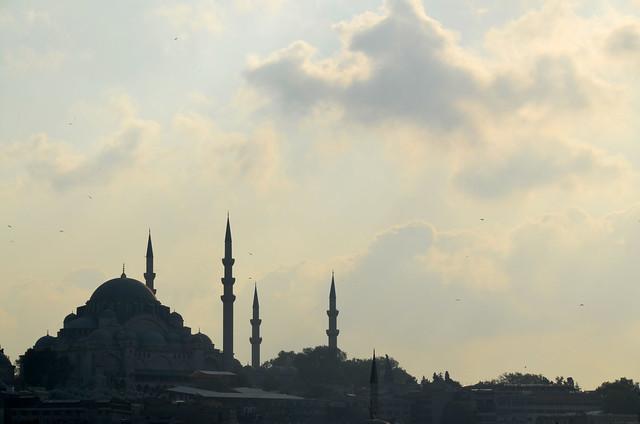 Perfil de Estambul al atardecer