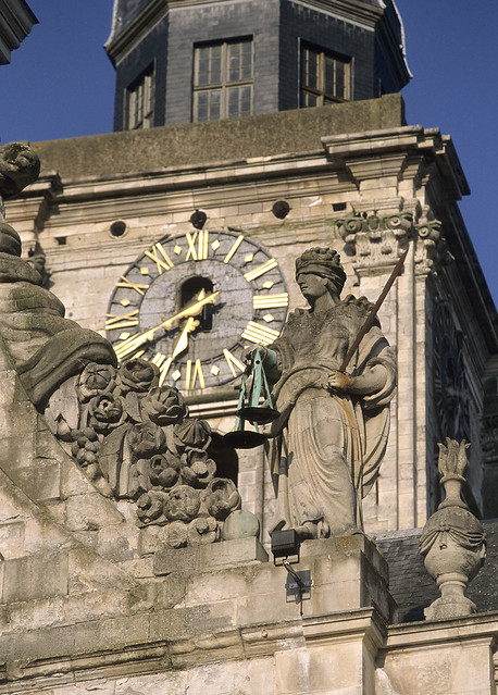 Aire-sur-la-Lys, beffroi et hôtel de ville