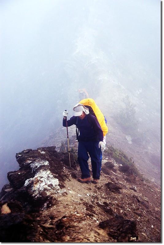 勇渡塔比拉斷崖 1