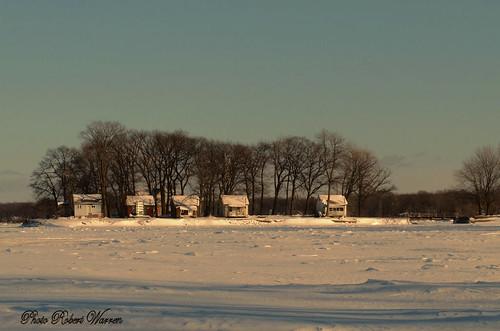 winter canon river cabin december quebec hiver ottawa riviere lodge chalet decembre dorion g12 outaouais vaudreuil robertwarren