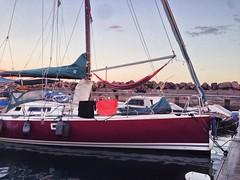 sailing ship(0.0), yacht(0.0), ship(0.0), lugger(0.0), scow(0.0), dinghy sailing(0.0), catamaran(0.0), sail(1.0), sailboat(1.0), keelboat(1.0), vehicle(1.0), sailing(1.0), mast(1.0), watercraft(1.0), boat(1.0),