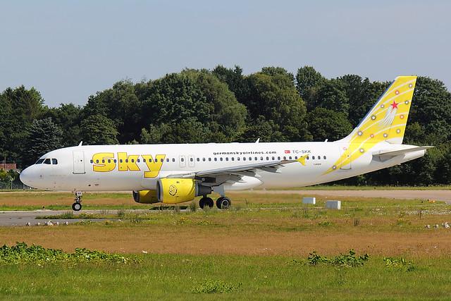 Sky Airlines - A320 - TC-SKK (1)