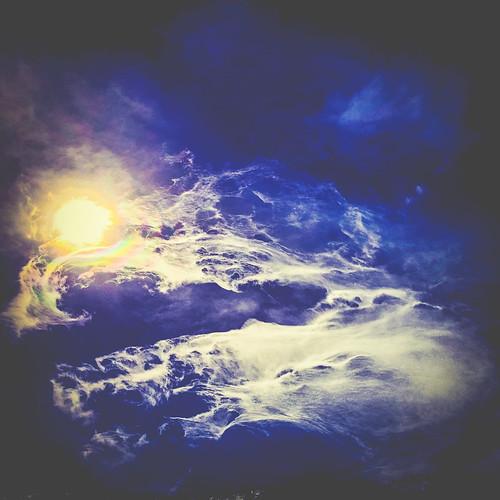 Cloud (44/365) by elawgrrl