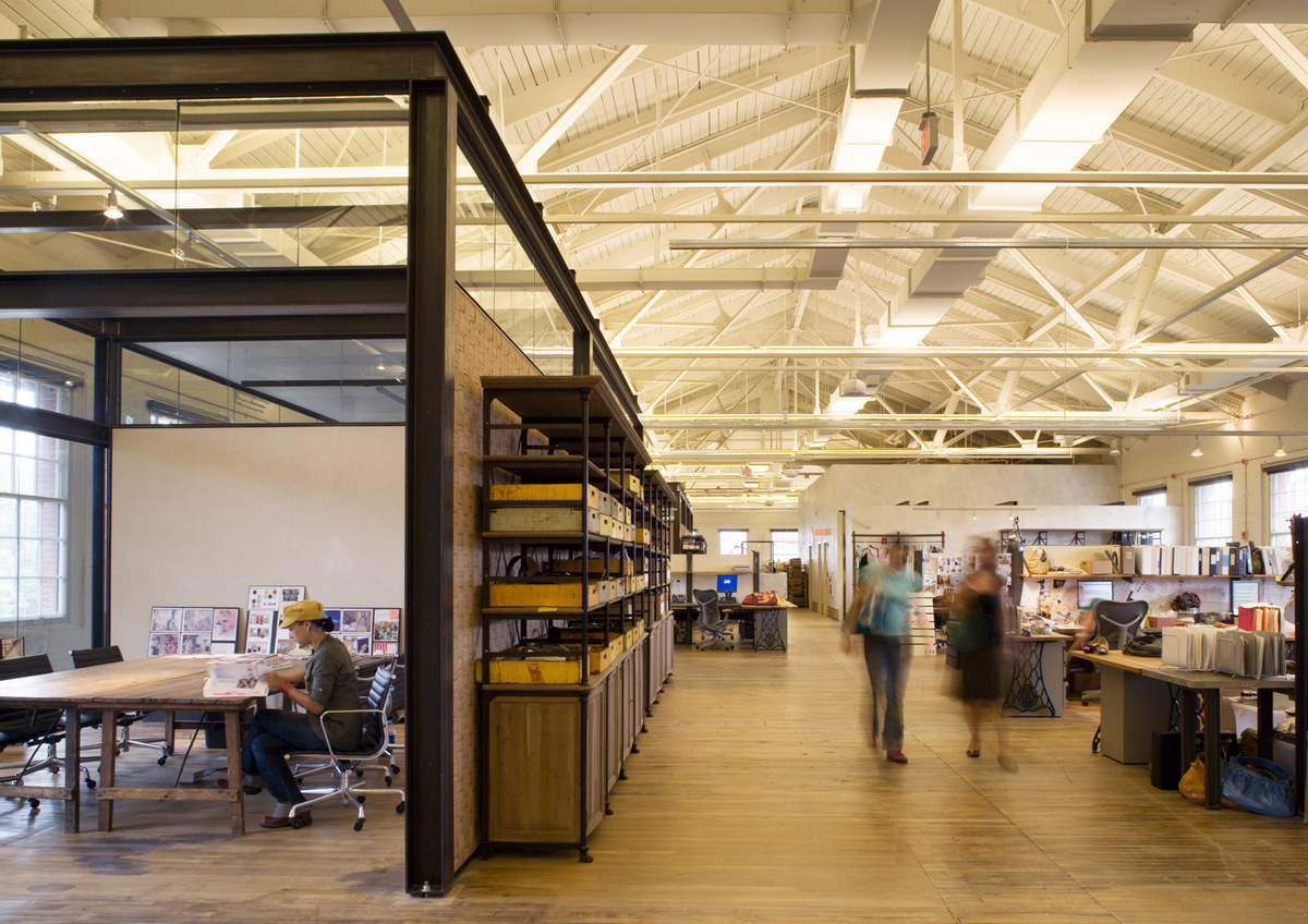 Meyer Scherer & Rockcastle- Urban Outfitters Head Quarters