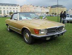 mercedes-benz w126(0.0), mercedes-benz(0.0), automobile(1.0), automotive exterior(1.0), vehicle(1.0), performance car(1.0), mercedes-benz r107 and c107(1.0), bumper(1.0), antique car(1.0), sedan(1.0), classic car(1.0), land vehicle(1.0), luxury vehicle(1.0),