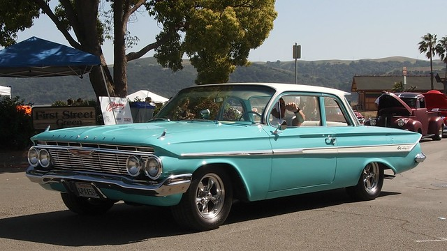 1961 Chevrolet Impala 2 Door Sedan Custom 4pax596