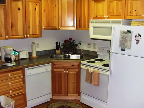 Kitchen - Bugle Pointe - Estes Park Condos