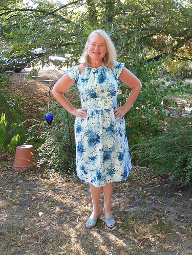 Simplicity 2281 by becky b.'s sew & tell