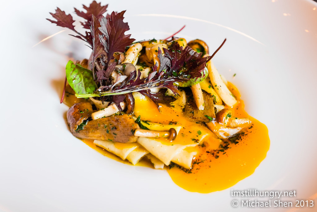Winter mushromo papardelle w/herbed beurre noisette ananas bar & brasserie