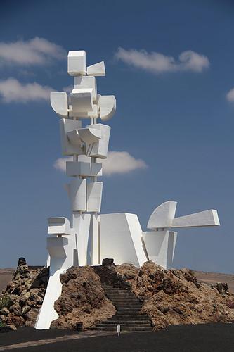 Cesar Manrique statue