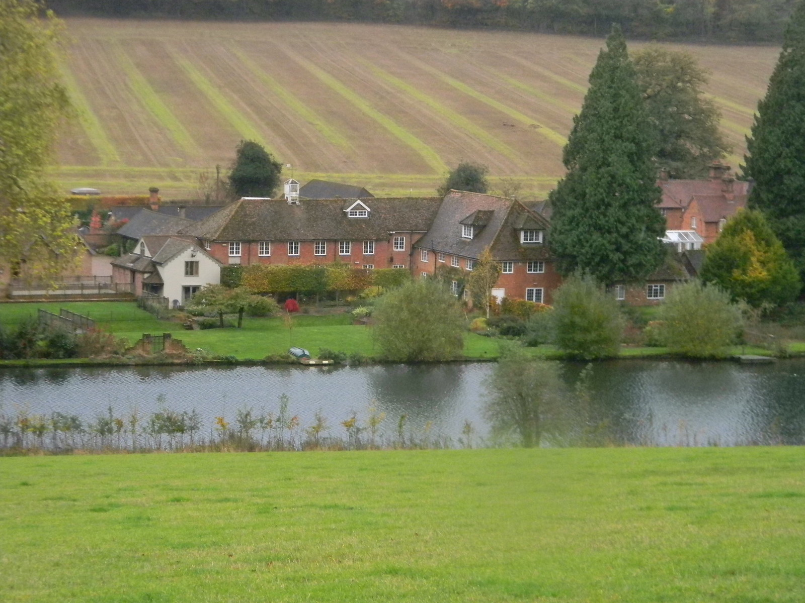 Farm by the Chess Chorleywood to Chesham