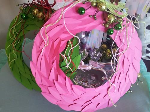 paper-leaf-wreaths