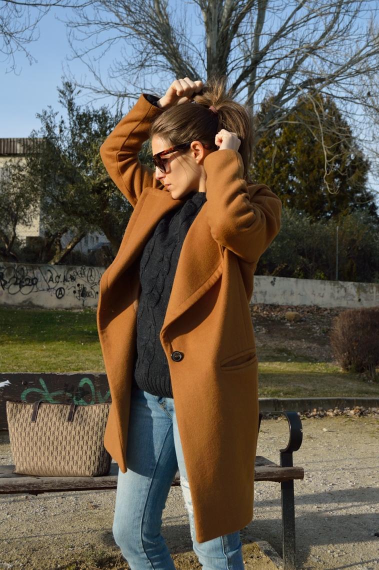 lara-vazquez-madlula-blog-brown-blue-look
