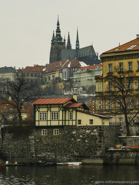 Castillo desde el río