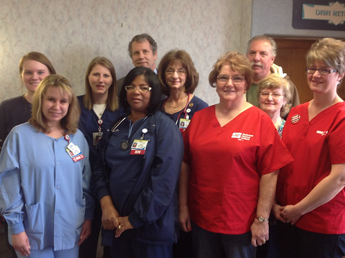 Sen. Brown with Affinity RNs