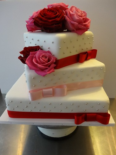 Valentine's Day 60th Birthday by CAKE Amsterdam - Cakes by ZOBOT