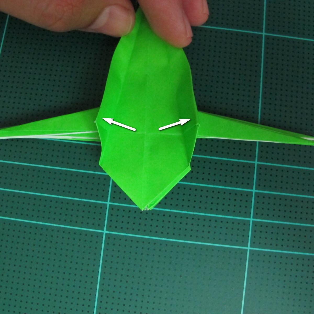 วิธีพับกระดาษเป็นจรวด X-WING สตาร์วอร์ (Origami X-WING) 030