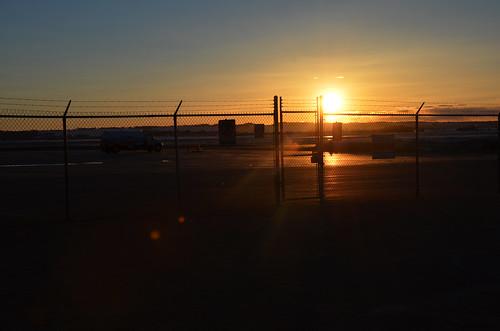 sunset canada march grande spring airport alberta prairie yayoi 2014 三月 3月 カナダ 弥生 sangatsu アルバータ州 さんがつ newlifemonth 平成26年