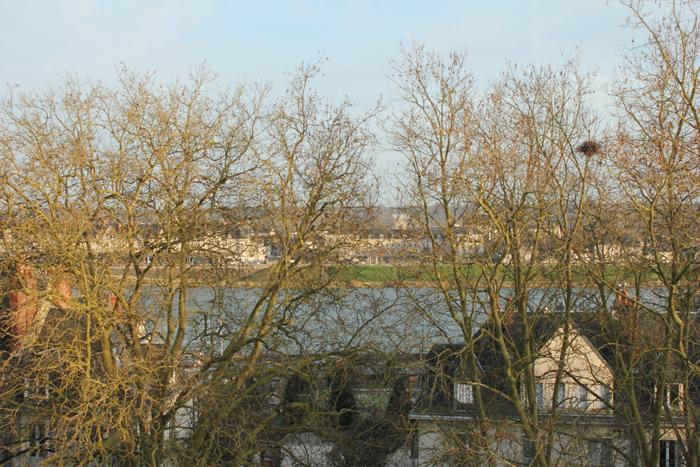 diana dazzling,fashion, fashion blog, fashion blogger, streetstyle, Chambord, Loira, Castillos del Loira, chateaux de Loire, Loire casttle, encaje, lacy shorts, Blois, la Loire